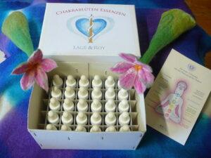 chakrablüten essenzen und salben